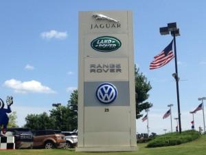 Owens-Murphy-Volkswagen-Jaguar-Land-Rover-Range-Rover-300x225